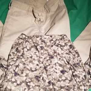 2 pair Abercrombie and Fitch pants